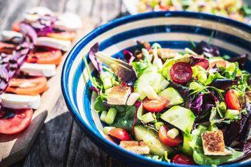 10 Einfache Salat Rezepte unter 5 Minuten